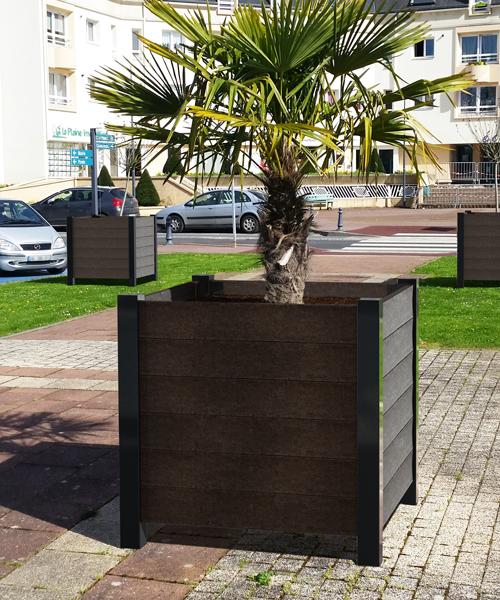 jardiniere en plastique 100% recycle et metal pour milieux urbains - Jardinière ÉLÉGANCE Origine ESPACE URBAIN
