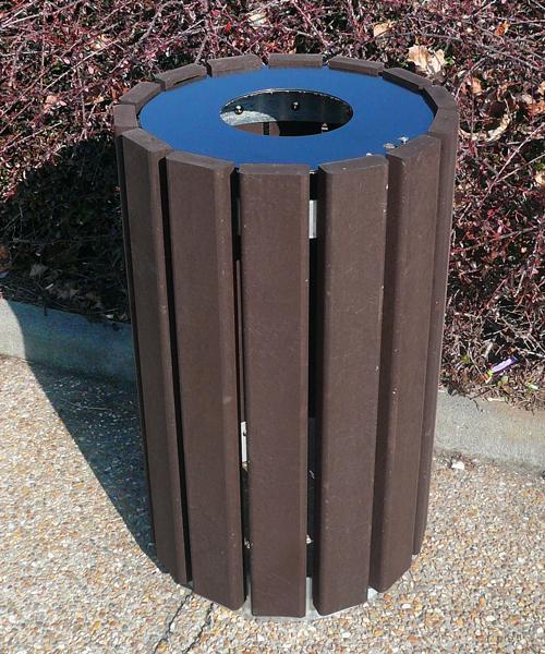 corbeille ronde en plastique recyclé avec couvercle gamme escapade - Corbeille ronde avec couvercle ESCAPADE ESPACE URBAIN