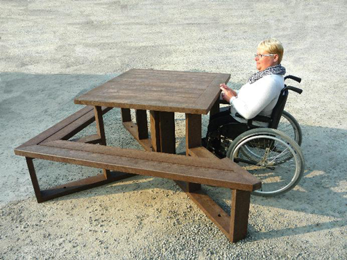 Table de pique-nique adaptée aux pmr STATION